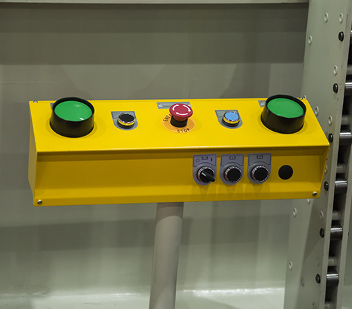 Machines Safeguard 2 hand controls with Emergency Stop